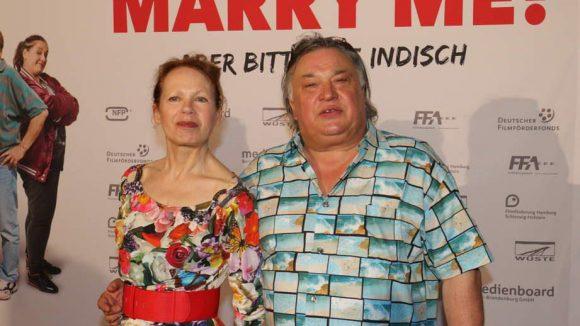 Renate Krößner spielt eine Nachbarin von Kissy; ihren Ehemann Bernd Stegemann kennt man aus zahlreichen anderen Film- und Fernsehproduktionen.