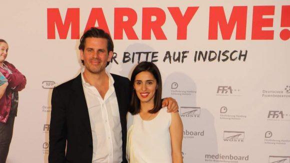 Das vermeintliche Ehepaar aus dem Film: Steffen Groth aka Robert und Maryam Zaree aka Kissy.