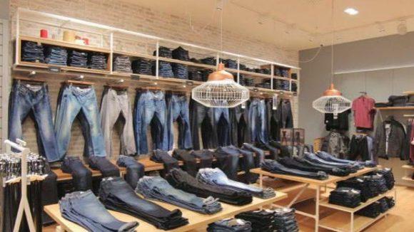 Viele Jeans: der neue Mavi Store in derLP12 Mall of Berlin.