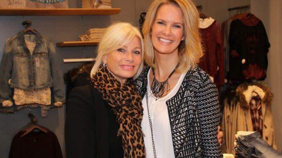 Model Monica Ivancan (war bis 2009 die Freundin von Oliver Pocher) hatte ihre Mutter Lilo dabei.