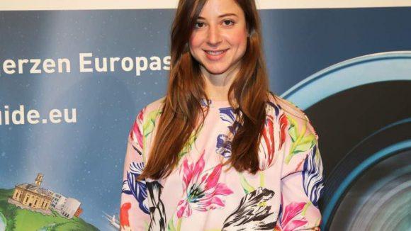 Vicky Leandros Tochter Sandra von Ruffin ist auch Schauspielerin.