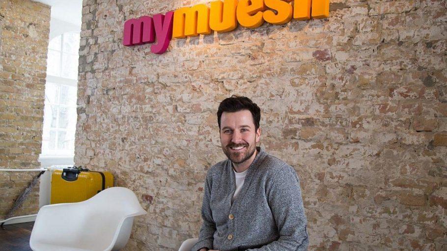 Max Wittrock in den Büroräumen von Mymuesli in einem Kreuzberger Hinterhof - bald wird die Niederlassung erweitert.