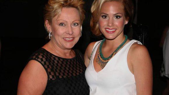 Ex-Bachelor-Finalistin Angelina Heger hatte ihre Mutter dabei.