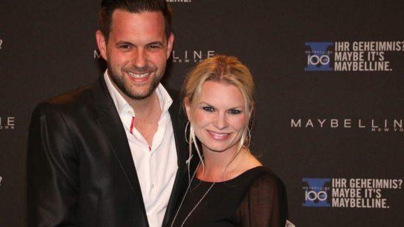 Matthias Killing, der Moderator des Abends, mit seiner Freundin Svenja Dierks.
