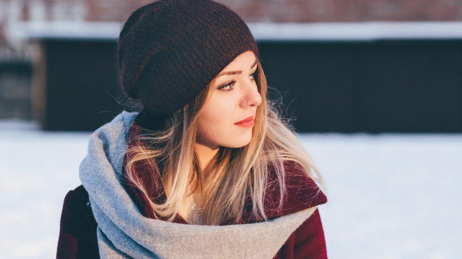 Auch im Winter zaubert dir ein Spaziergang ein bisschen Frische ind Gesicht.