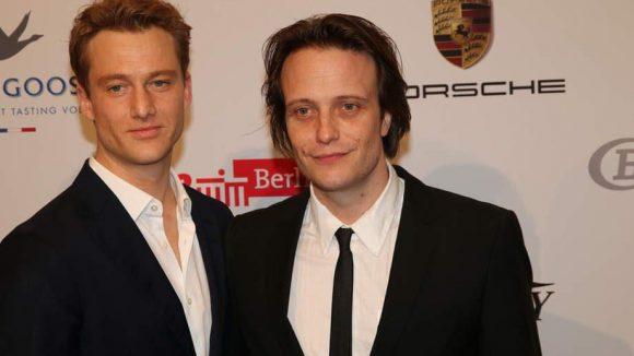 ... Alexander Fehling (links) und August Diehl waren auch dabei.