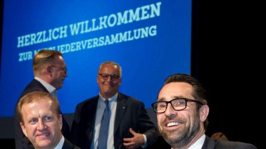 Zogen am Dienstag die Aufmerksamkeit auf sich. Ingo Schiller (links) und Michael Preetz, die Geschäftsführer Finanzen und Sport.