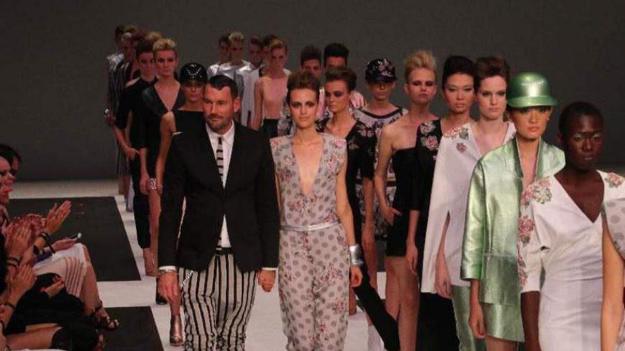 Michalsky mit seinen Models.