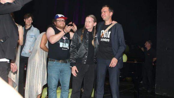 """Auch die Gründer und Macher von """"Mit Vergnügen"""" ließen sich on stage blicken: Hier sehen wir rechts im Bild Matze ..."""