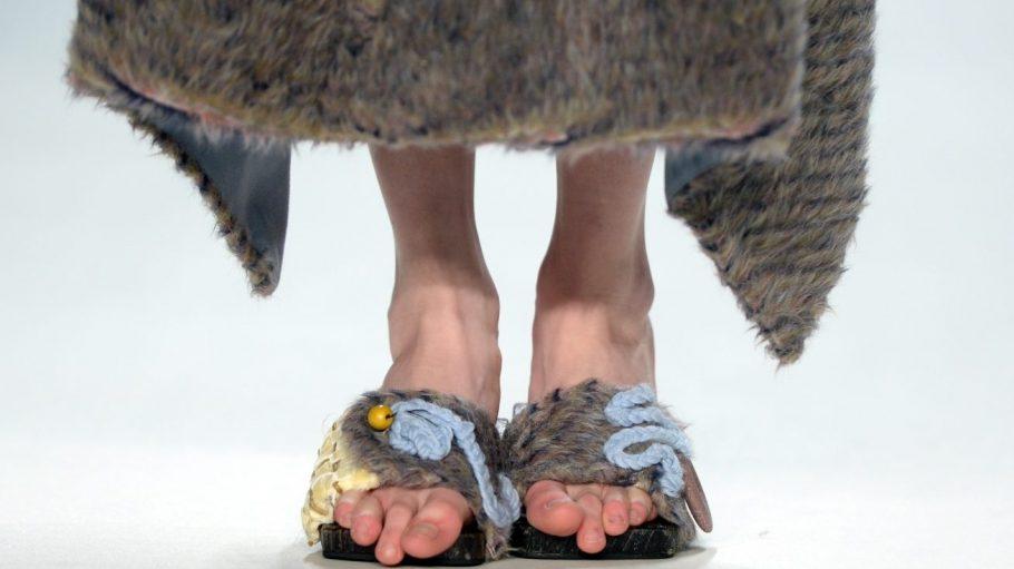 Die Fashion Week macht sich auf die Socken, äh, Latschen und verlässt Mitte.