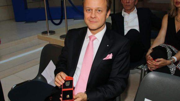 Juwelier Lutz Reuer stiftete in diesem Jahr den Preis.