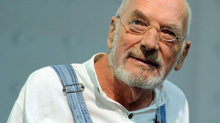 """Trauer um """"Löwenzahn""""-Moderator Peter Lustig."""