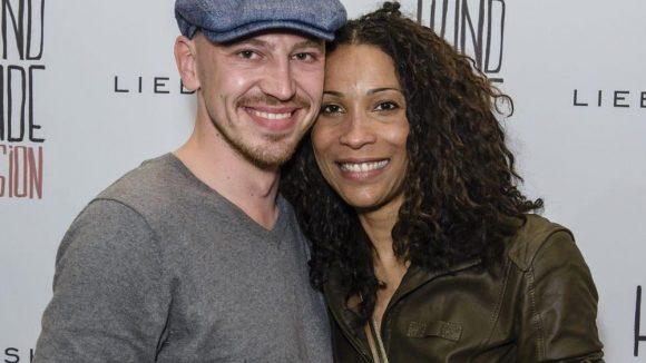Moderatorin Annabelle Mandeng kam mit ihrer neuen Liebe, Matthias Pieper.