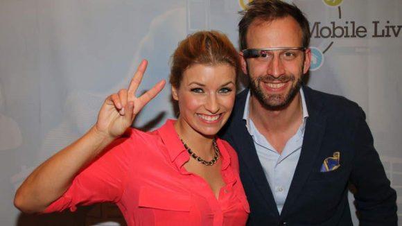 Moderatorin Annica Hansen und Nick Sohnemann (Geschäftsführer und Trendforscher FUTURECANDY).