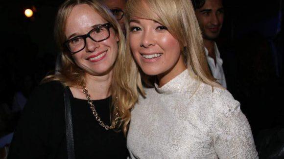 """Moderatorin Nela Lee (""""Adam sucht Eva"""", r.) kam auch in Marcell von Berlin, das daneben bin ich, Tina Gerstung von QIEZ.de."""