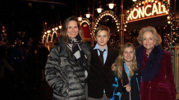 Moderatorin Tita von Hardenberg schaute mit ihrer Mutter und den Kindern Jakob und Paulina vorbei.