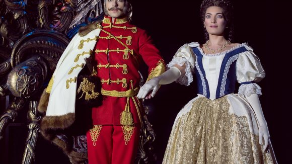 """""""Elisabeth"""" ist das erfolgreichste deutsche Musical. Knapp eine Million Menschen in elf Ländern haben das Stück bereits gesehen, darunter Finnland, Japan und Korea."""