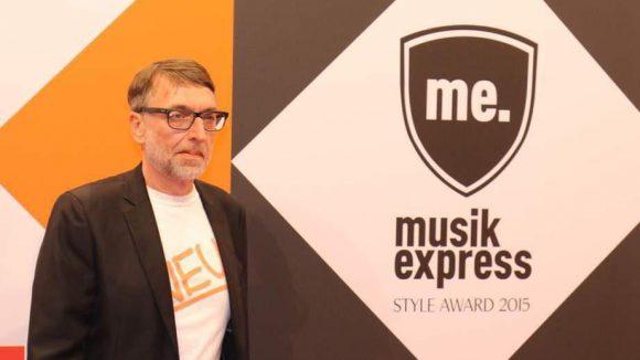 Aber an diesem Abend ging es ja nicht nur ums Aussehen, sondern auch um die Musik. Albert Koch, Chefredakteur des Musikexpress, war auch dabei.