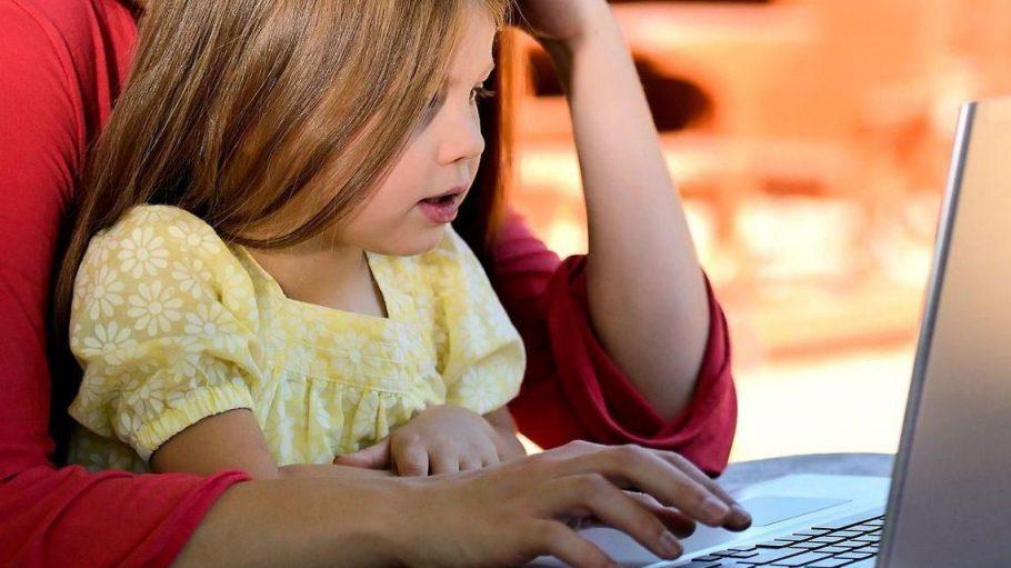 Mit der Einrichtung eines Familienbüros haben Eltern in Zukunft alles unter einem Dach und weniger Arbeit mit lästigen Anträgen.