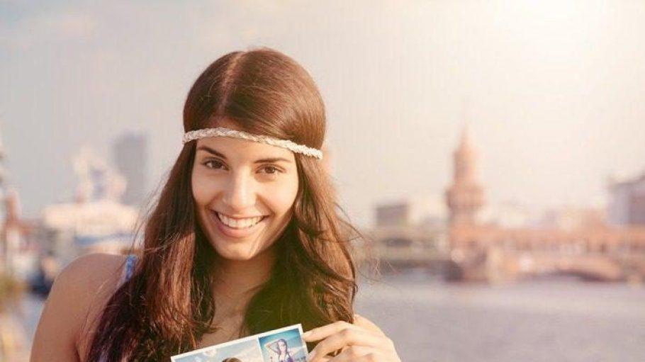 Nicht nur im Frühling eine gute Idee: Eine Postkarte per App versenden.