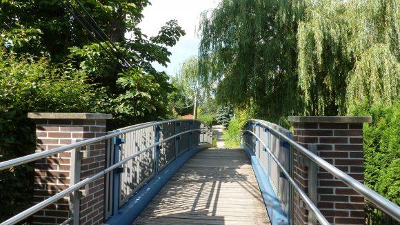 Die Inseln werden durch 13 Brücken verbunden. Diese ist eine neuere Brücke, die erst seit ein paar Jahren dort zu finden ist.
