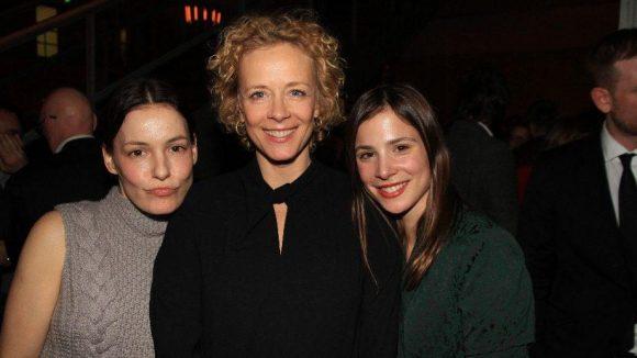Die Schauspielerinnen Nicolette Krebitz, Katja Riemann und Aylin Tezel (v.l.) schauten auch vorbei.