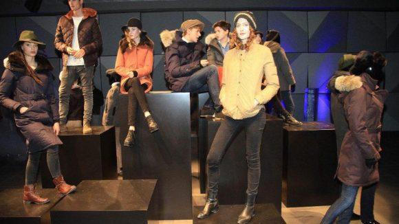 Die Winterkollektion von Nobis wurde in der neuen Microsoft-Zentrale Unter den Linden arrangiert.