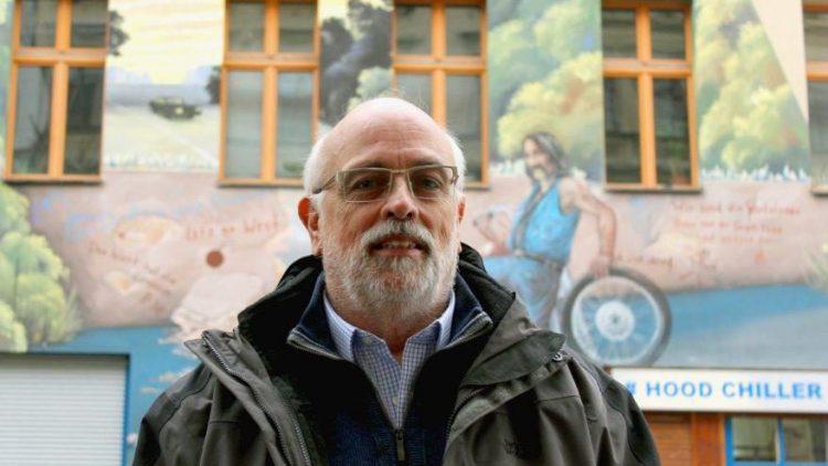 Ein ungewöhnliches Hobby: Norbert Martins hat in den vergangenen 40 Jahren über 700 Wandmalereien in Berlin fotografiert.
