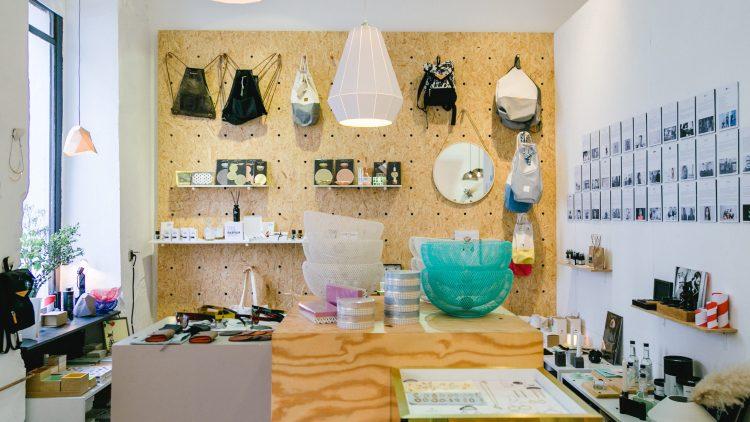 So sieht der of/Berlin-Shop in Kreuzberg aus. Ab heute starten die drei außerdem einen eigenen Pop-up Store im KaDeWe.