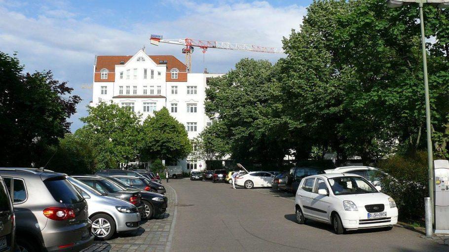 Bisher gab es am Olivaer Platz gut 120 Parkplätze.