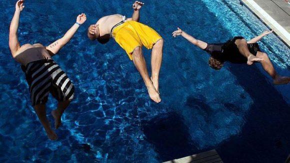 Sommerbad im Olympiastadion: Sparsam renovieren ist hier die Maßgabe.