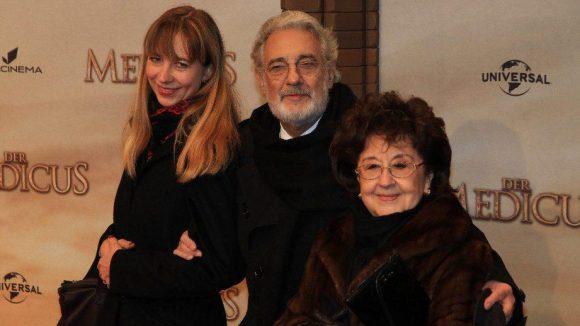 Opernsänger Placibo Domingo mit Ehefrau Marta (r.) und Sängerin Marina Prudenskaja.