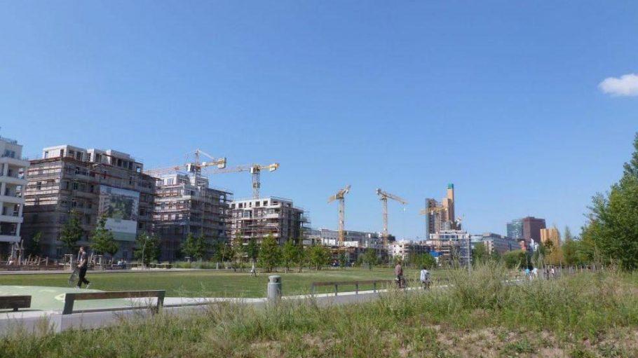 Rund um den beliebten Park am Gleisdreieck tut sich bautechnisch gerade einiges. Ein genossenschaftliches Wohnprojekt steht allerdings kurz vor dem Aus.