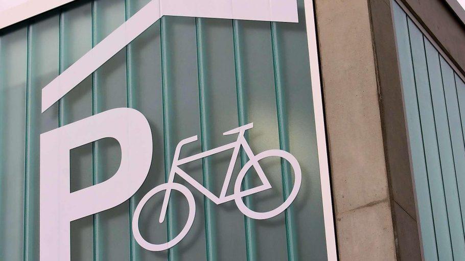 Am Bahnhof Pankow sollen bessere Parkmöglichkeiten für Räder geschaffen werden.