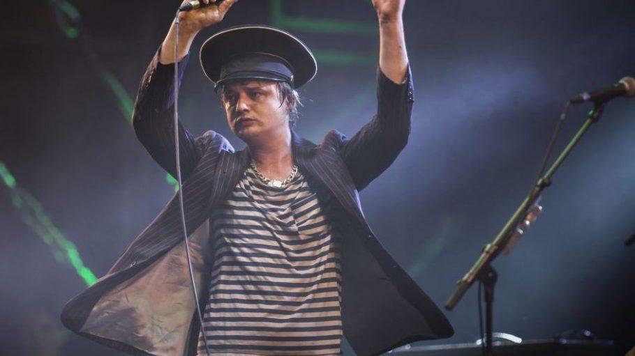 Ach ja, eine gute Show machen kann der Mann auch - wie hier bei einem Konzert in Paris im Juli 2013.