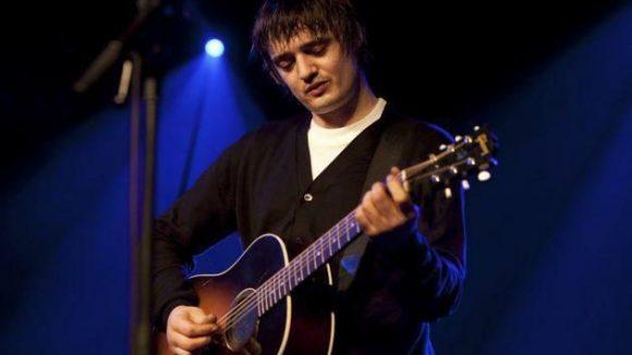 Pete Doherty bei einem Konzert in Berlin.
