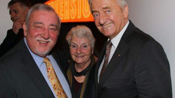 Bei Siebenhaars traditionellem Neujahrsempfang ließen sich bekannte CDU-Politiker aus den 90ern blicken: Peter Radunski (l.), mit seiner Ehefrau, und Rüdiger Landowsky.