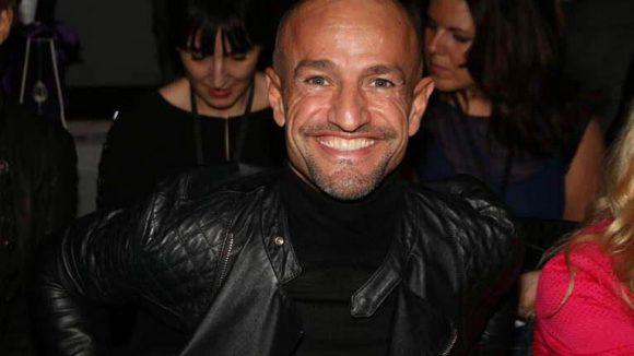 """... und Modelagent Peyman Amin, bekannt aus """"Germanys next Topmodel"""", sehen."""