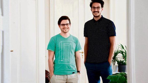 Macher. Philipp Kühn (links) und David Jacob entwickelten das Online-Portal Workeer für arbeitssuchende Asylbewerber.