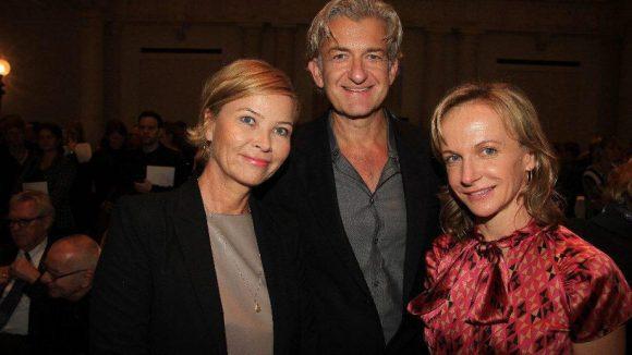 Auf zu neuen Tatorten: Bald Ex-Fernsehkommissar Dominic Raacke mit Agenturchefin Ute Zahn (l.) und Journalistin Annette Utermark.