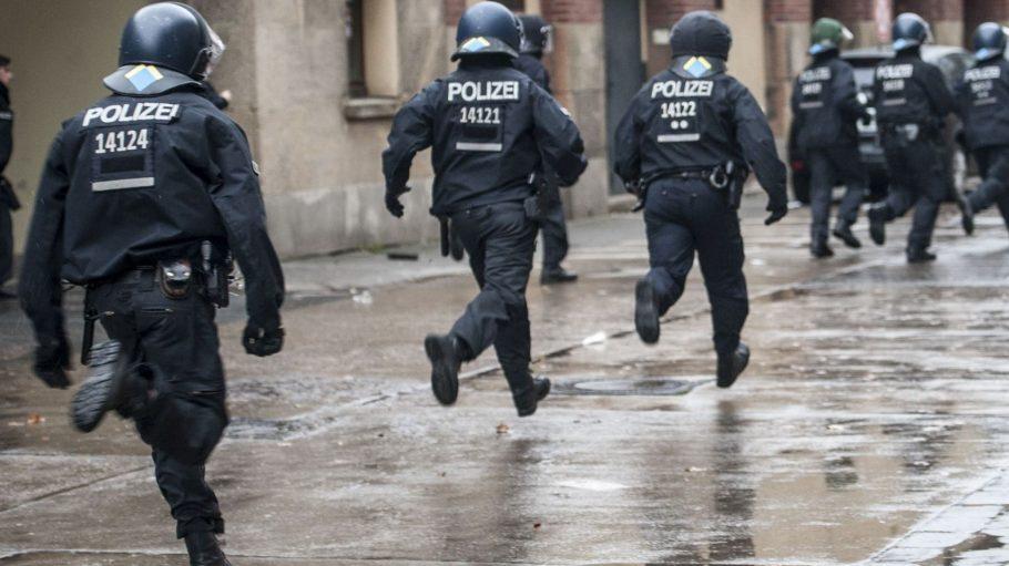 Entspannt ist so ein Job als Polizist sowieso nicht. Und mehr Einwohner bedeuten auch mehr Probleme - und mehr Einsätze.