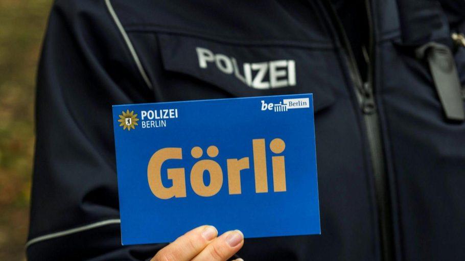 Einsatz im Görli. Die Polizei geht nach eigenen Angaben gegen Dealer vor.