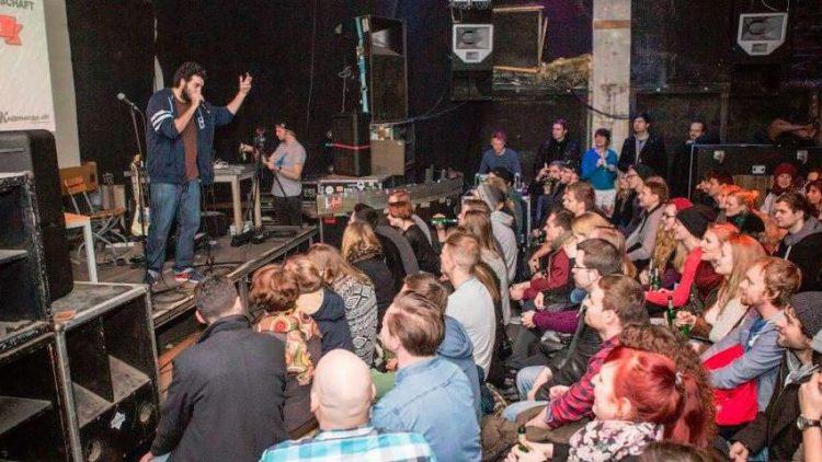 Auch dieses Jahr messen sich die besten Redner bei der Deutschen Meisterschaft im Powerpoint-Karaoke.