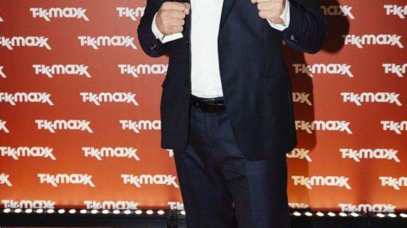 Stürzte sich in Kämpferpose unter die Fashionmeute: Box-Weltmeister Arthur Abraham.