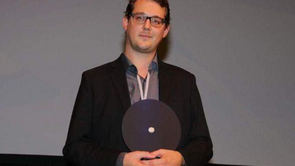 """Den NO FEAR Award für Nachwuchsproduzenten erhielt Sebastian Cordes für """"Backpack"""". Andächtige Freude ..."""