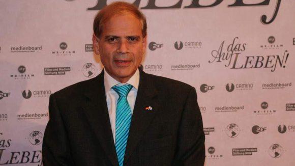 Da der Film auch einen jüdischen Hintergrund hat, durfte natürlich der israelische Botschafter Yakov Hadas-Handelsman nicht fehlen.
