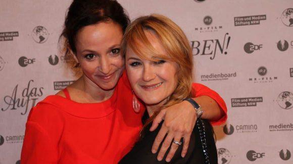 Hier Darstellerin Sharon Brauner noch einmal mit ihrer Musiker-Kollegin Katharine Mehrling (rechts).