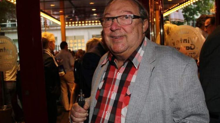 Das Berliner Urgestein Jaecki Schwarz durfte bei der Premiere im Wintergarten natürlich nicht fehlen.