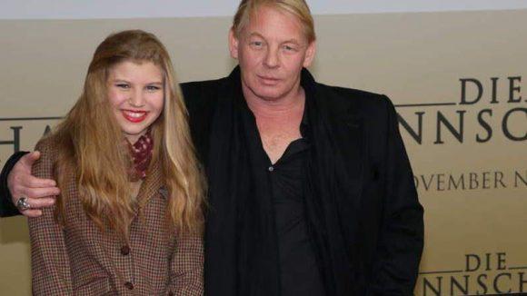 ... Schauspieler Ben Becker und Tochter Lilith ...