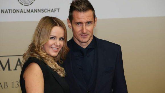 """... Stürmer-Star Miroslav Klose und """"seine"""" Sylvia ..."""